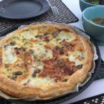 Quiche aux champignons, mozzarella et lardons