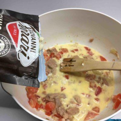 Recette-quichettes-au-thon-tomates-et-parmesan