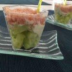 Verrines au tartare, jambon et concombre
