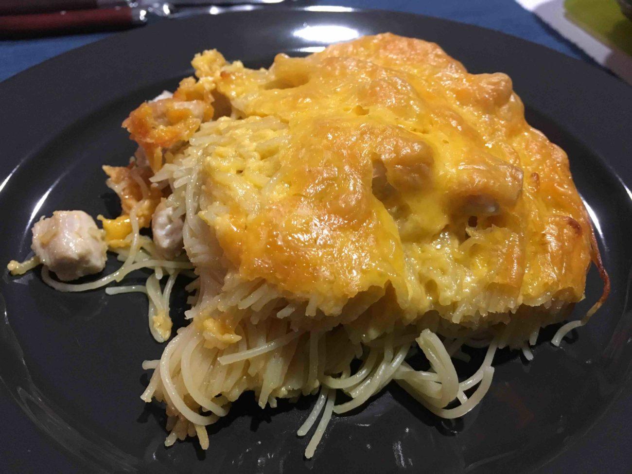 Gratin de pâtes, poulet et cheddar