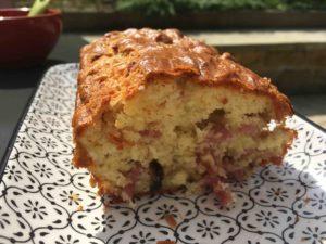 Recette-cake-aux-oignons-et-aux-lardons