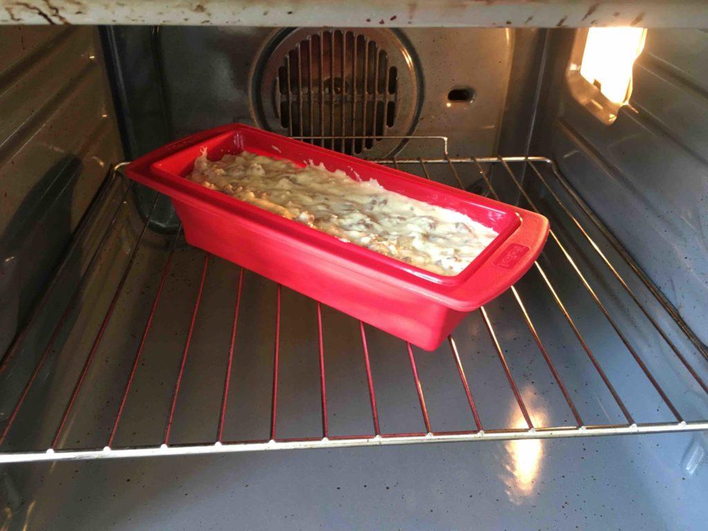 Recette-cake-parmentier-au-boeuf-et-aux-oignons-caramelises